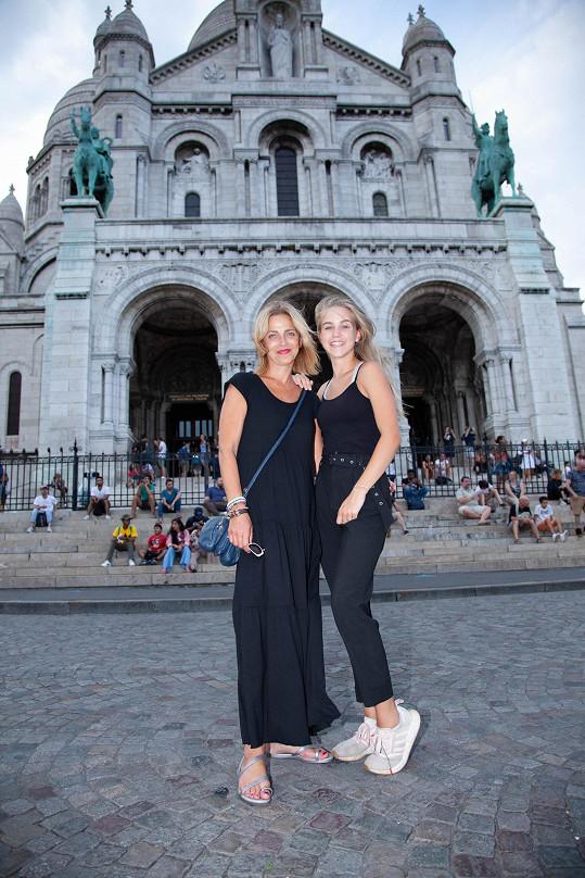 Matka s dcerou se do města nad Seinou určitě ještě vrátí.