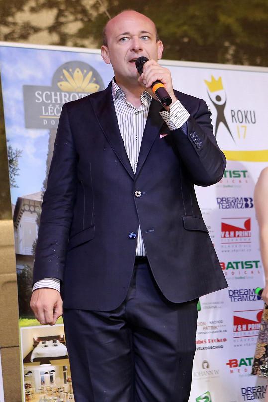 David Novotný už skoro dvě desítky let pořádá soutěž Muž roku.