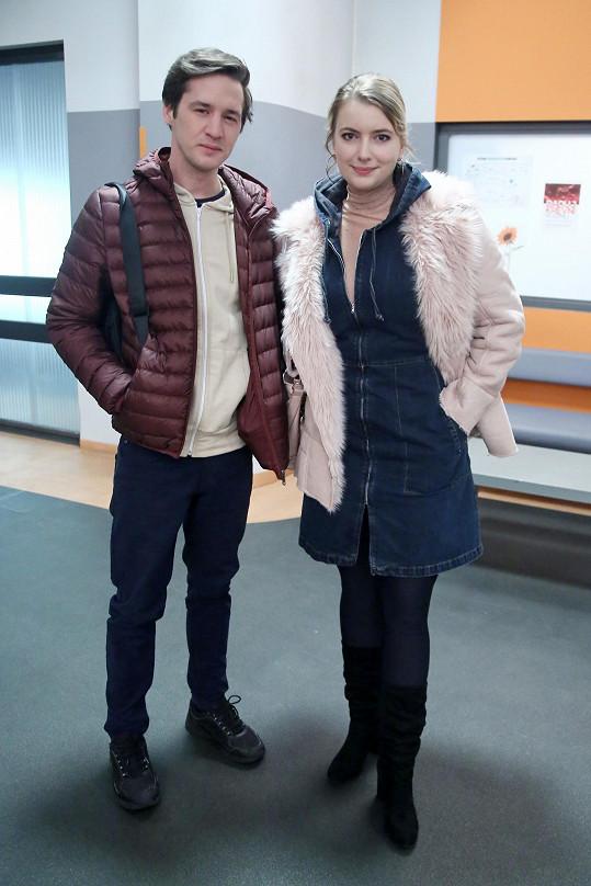 S kolegou Janem Nedbalem, který hraje zdravotního bratra Lukáše.