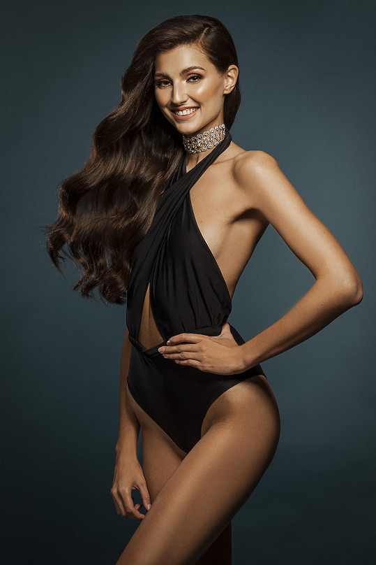 4. Karolína Kopíncová 22 let, 183 cm, Brno