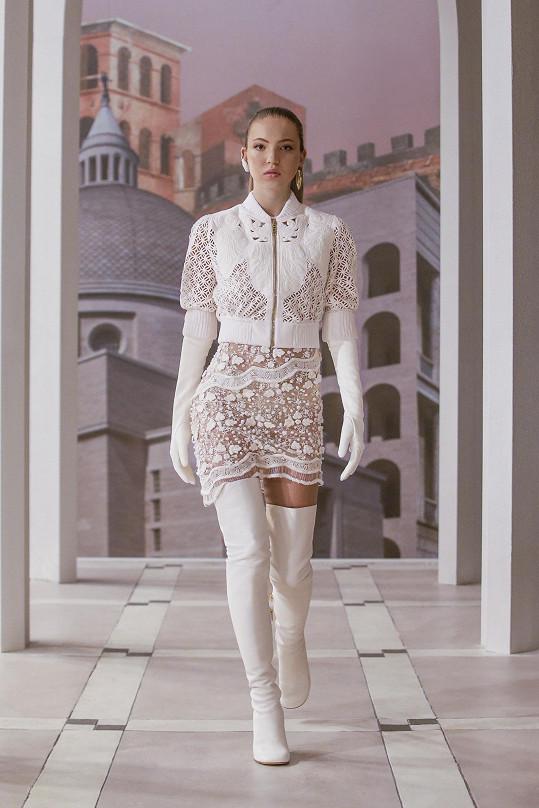 Model vynesla nejen Kate Moss, ale i její dcera Lila Grace Moss-Hack.