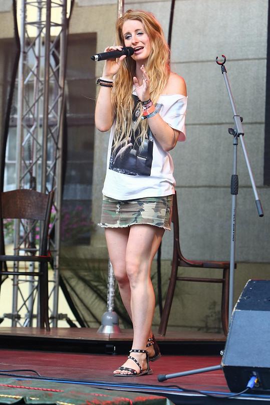 Sabina už zase koncertuje a je plná sil.