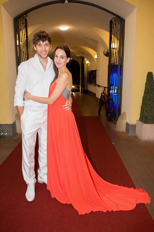 Míša s manželem Romanem Tomešem, ten hraje klaďase.