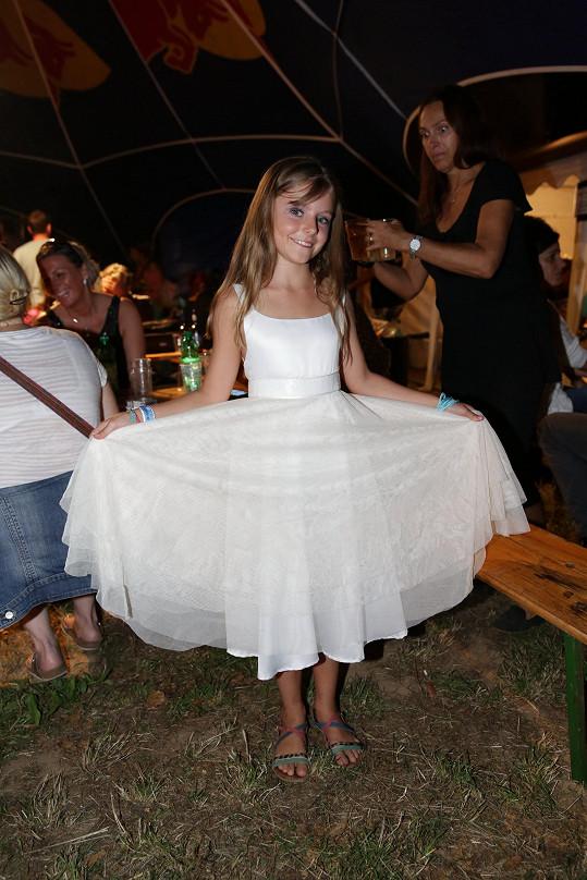 Noemi Muková vystoupila na festivalu Kouřimská skála, který je věnován památce jejího otce Petra Muka.