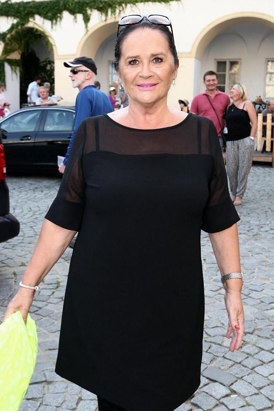 Kvůli nové spolupráci s Hanou Gregorovou dostala herečka padáka.
