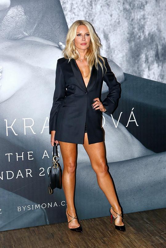 Simona oblékla velmi sexy outfit