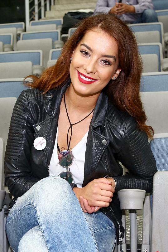 Česká Miss Earth 2014 Nikola Buranská