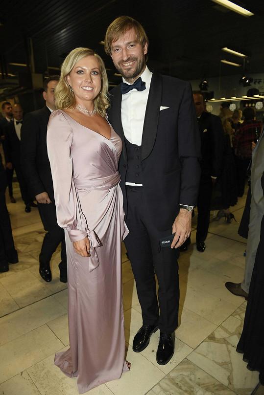 Ministr zdravotnictví Adam Vojtěch s manželkou