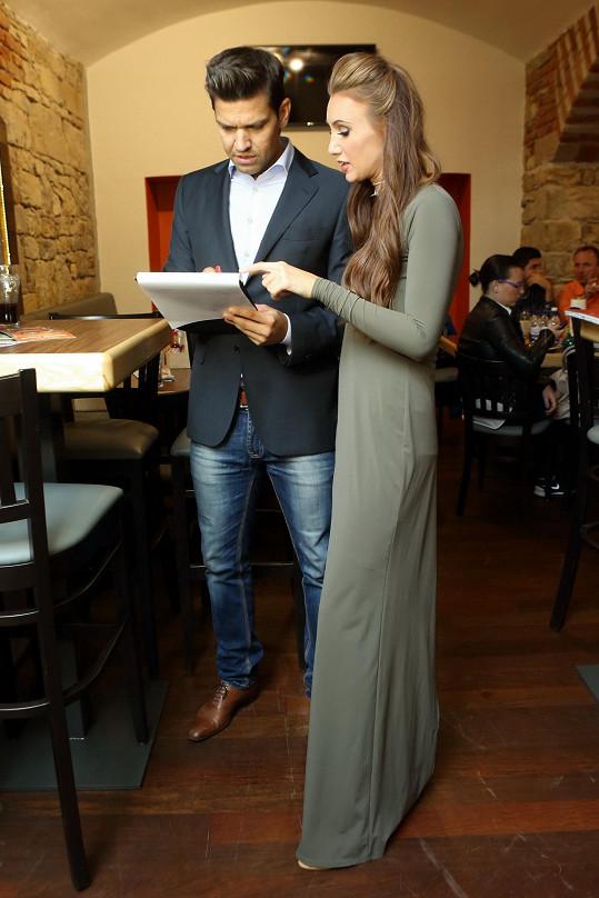 Petr Vojnar s šéfkou soutěže Miss Face Táňou Makarenko