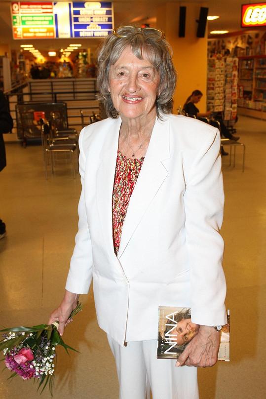 Nina Divíšková odešla do hereckého nebe v 84 letech.