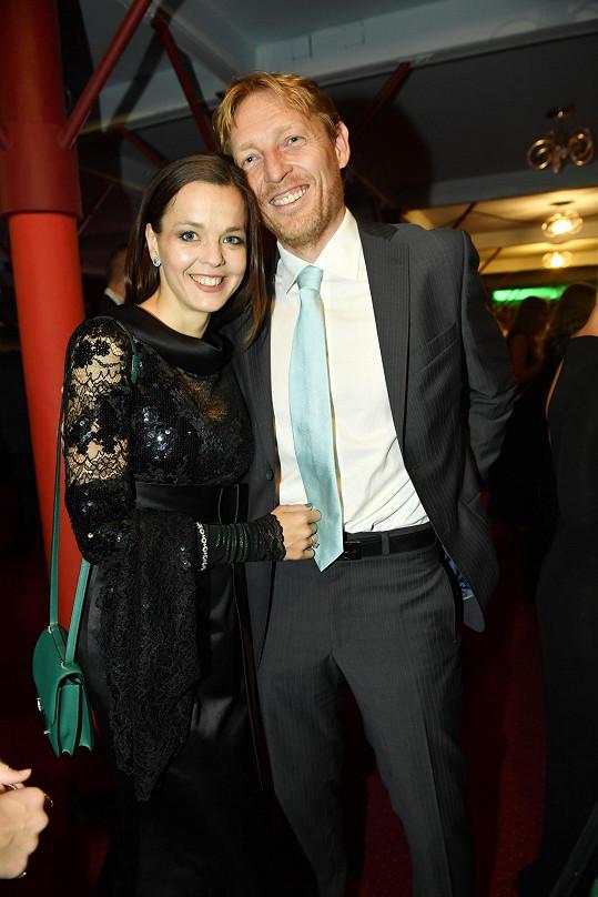 Miliardář Karel Janeček a partnerkou Lilií Khousnoutdinovou