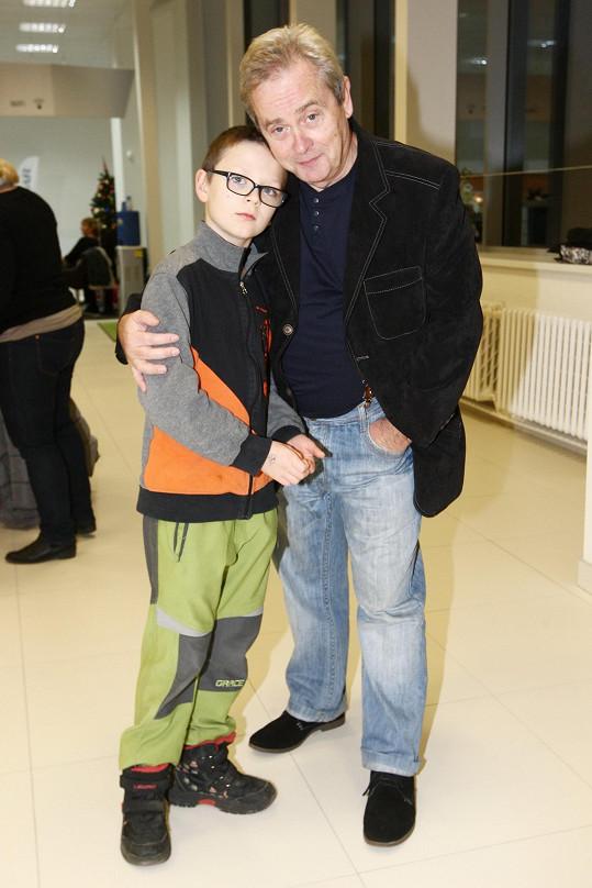 Alexander Hemala s vnukem Šimonem