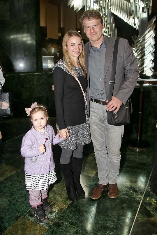 Petr Batěk s novou přítelkyní Marcelou a její dcerkou
