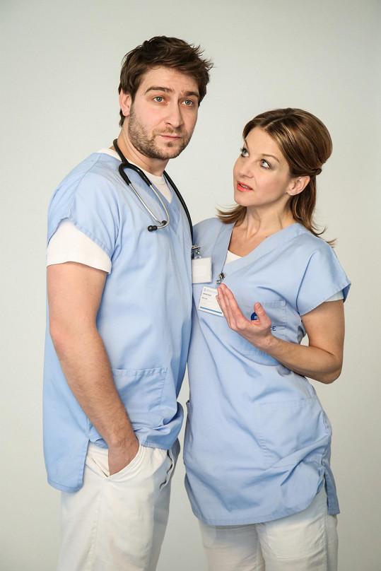 V seriálu se potká se Sabinou Laurinovou.