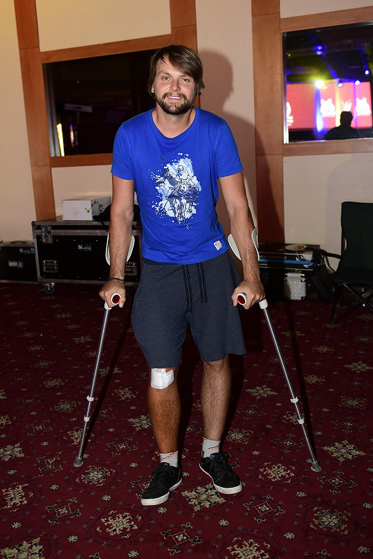 Josef Vágner je po operaci kolene.