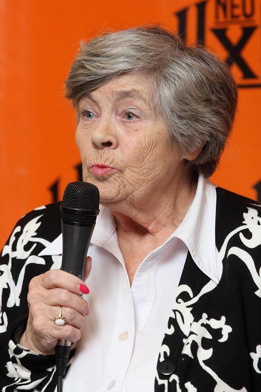 Paní Šusterová je pořád neuvěřitelně vitální.