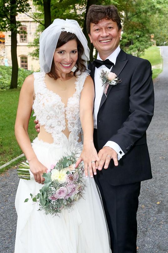 Písařík byl hostem na svatbě Karla Janáka a Romany Goščíkové.