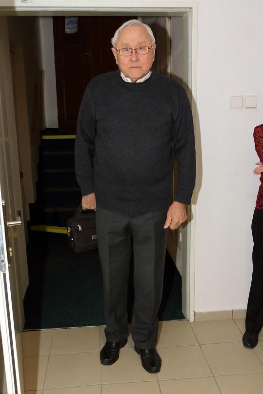 Na svou kamarádku se přišel podívat i herec Jaroslav Satoranský.