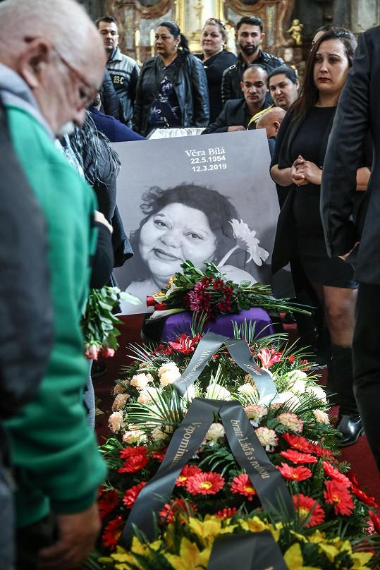 Zpěvačka Věra Bílá zemřela 12. března v Plzni.