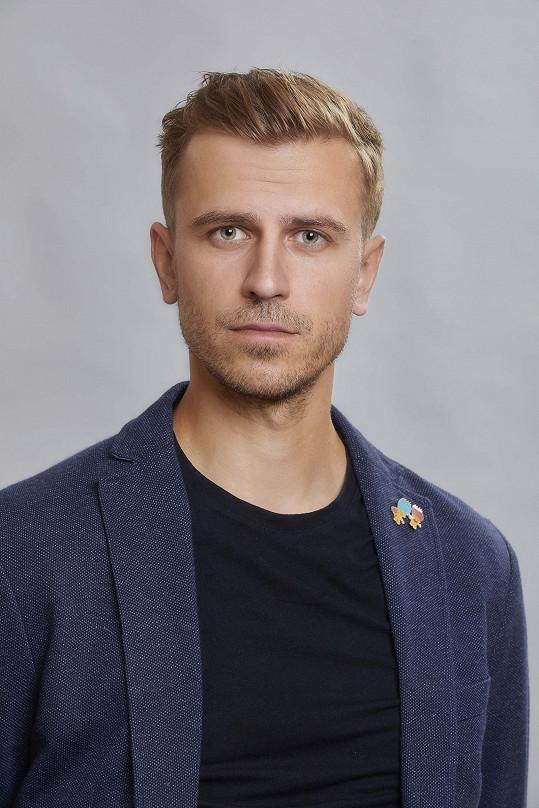 Herec známý z Městského divadla v Brně Ondřej Studénka je novou posilou seriálu Ulice.