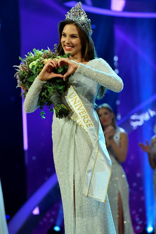 Miss Universe Slovensko charismatická Laura Longauerová