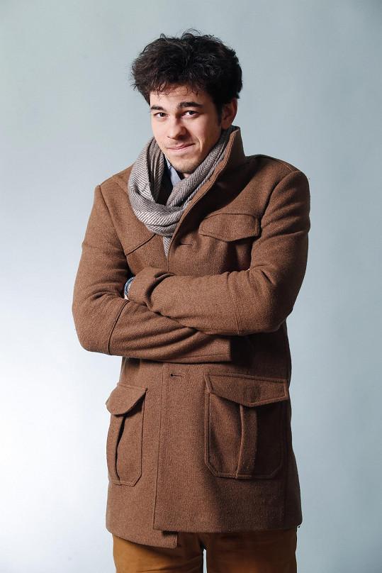 Marek Adamczyk je sympatický herec.