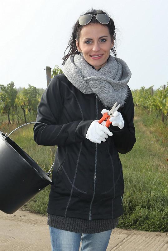 Markéta původně vyfasovala rukavice.