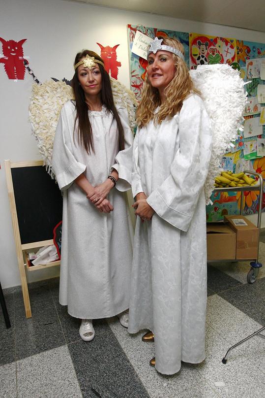 Agáta s Vendulou Svobodovou byly na anděly.