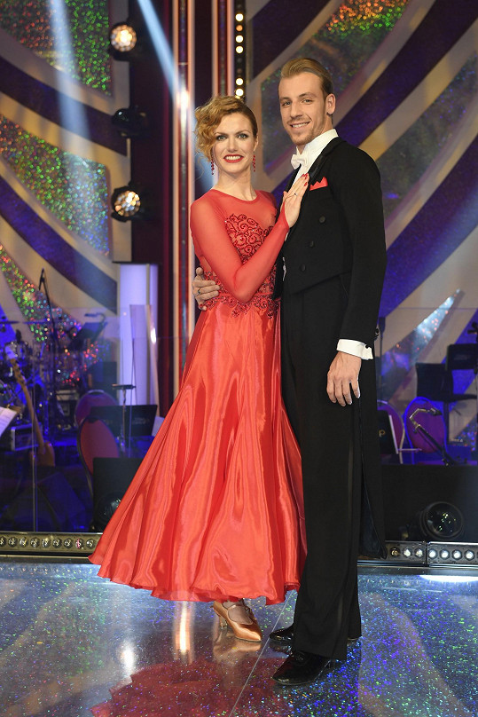 Gabriela Koukalová a Martin Prágr zatančili pátý soutěžní večer quickstep.