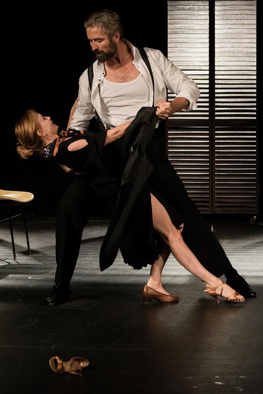 Jitka Schneiderová a Roman Zach na zkoušce hry Moje tango