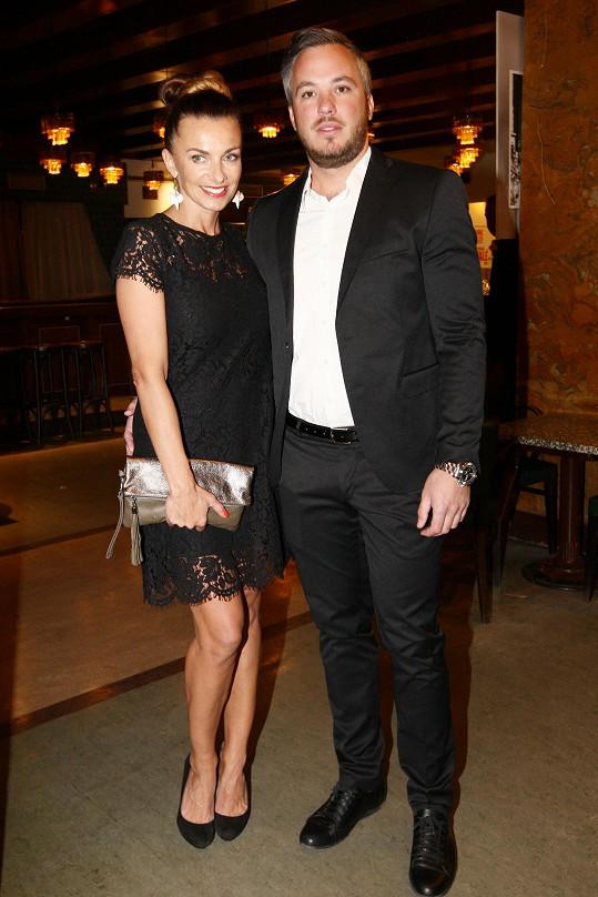 Alice Bendová s přítelem Michalem Topolem