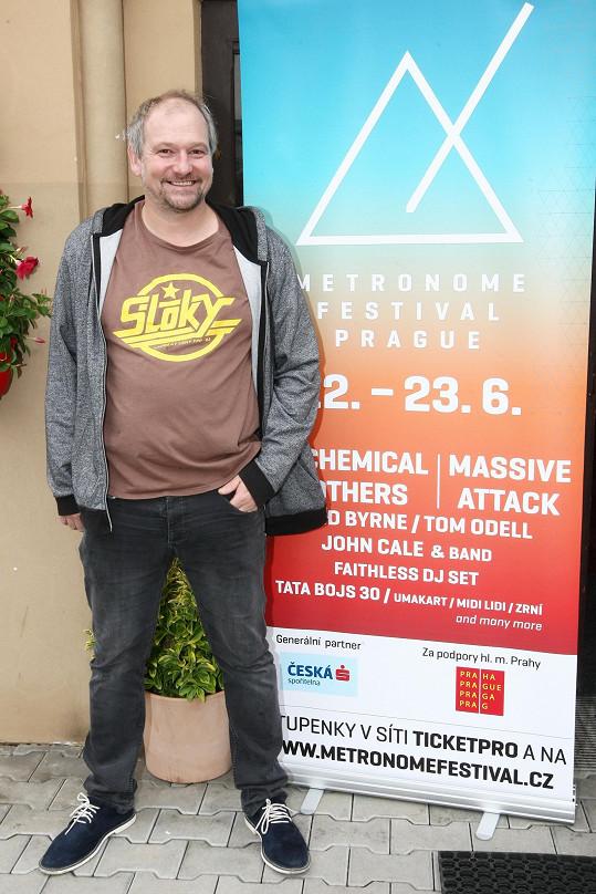 Festival Metronome proběhne ve dnech 22. – 23. června 2018 tradičně na pražském Výstavišti, vystoupí třeba The Chemical Brothers, Massive Attack, Tom Odell, David Byrne, Sexy Dancers nebo Tata Bojs.