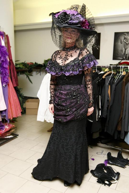 Chantal jako hraběnka Thunová v celé kráse
