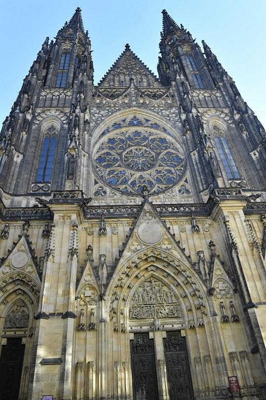 V katedrále sv. Víta proběhne zádušní mše za Karla Gotta.