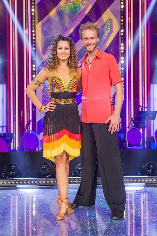 Jakub Vágner a Michaela Nováková předvedli energický tanec plný svůdných pohybů.