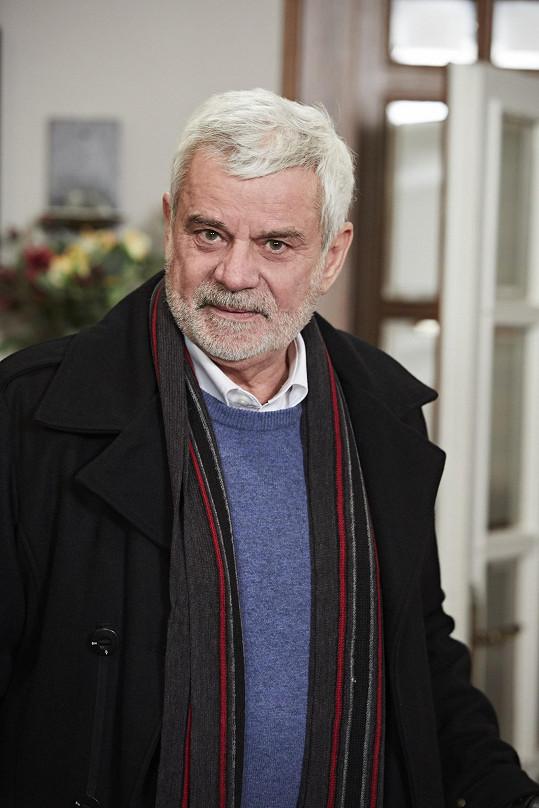 Petr Štěpánek (Eduard Valšík) se vrací do Ordinace.
