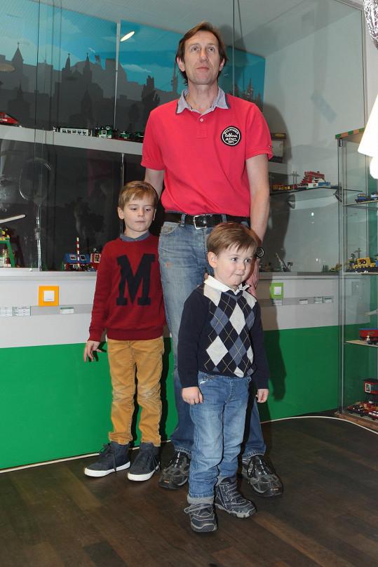 Synové Antonína Duchoslava, Toník a Jeník