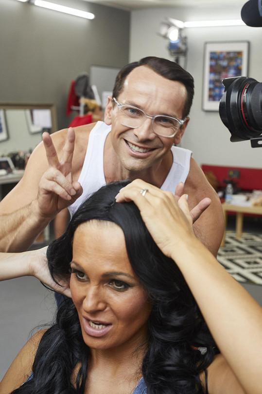 S kolegou Janem Révaiem v maskérně