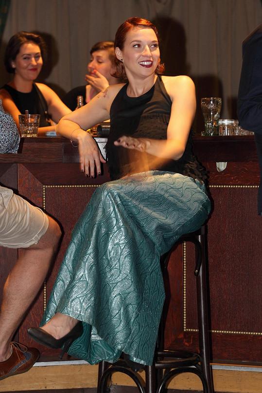 Berenika původně dorazila v modelu s dlouhou sukní.