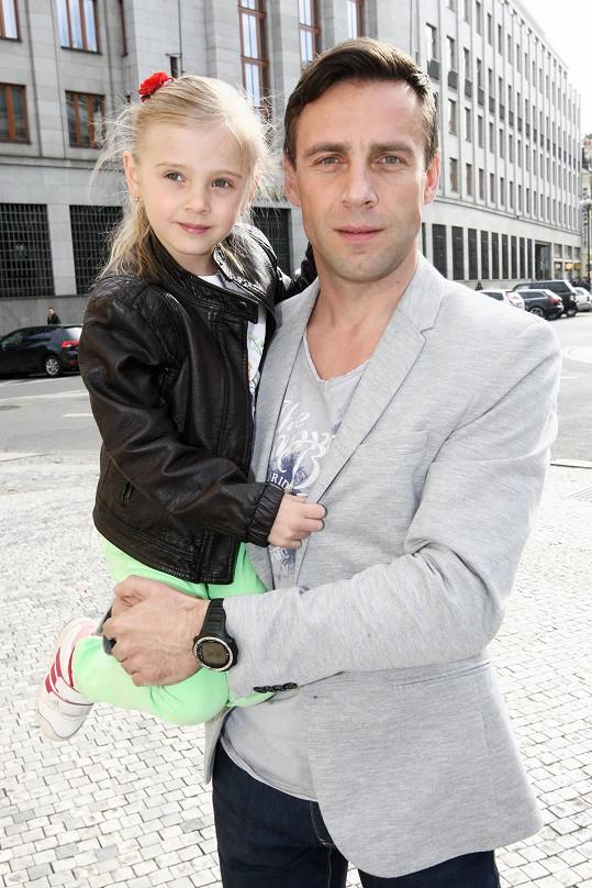 Roman Vojtek tráví s dcerou Editkou hodně času.