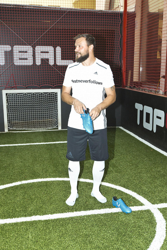 Tomáš Ujfaluši fotbal rozhodně nezapomněl.