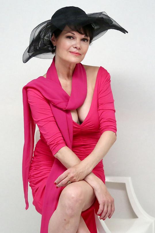 Simona Postlerová pózovala pro divadelní plakát.