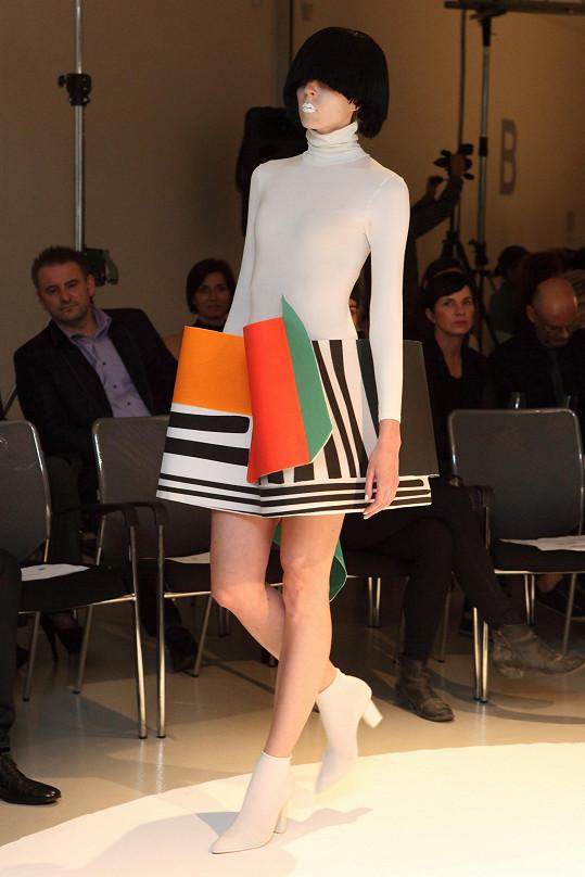 Kdo má rád extravaganci, modely Liběny bude nadšen.