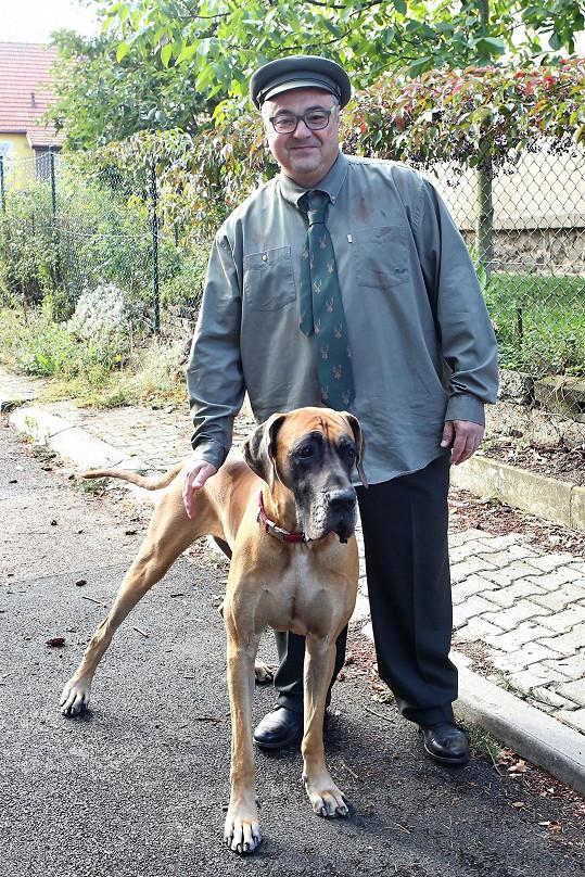 Martin Zounar se svým psím miláčkem