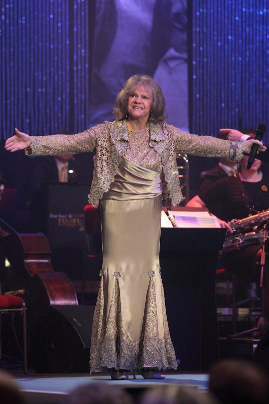 Eva Pilarová by se ráda vrátila na koncertní pódia.