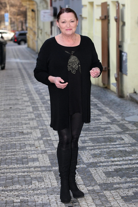 Valérie Zawadská si nechala u kadeřníka změnit účes.
