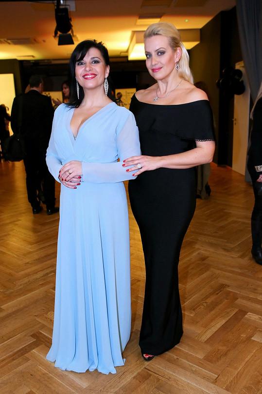 Andrea Kalivodová a Tereza Mátlová si užily parodii na rivalitu mezi operními pěvkyněmi.