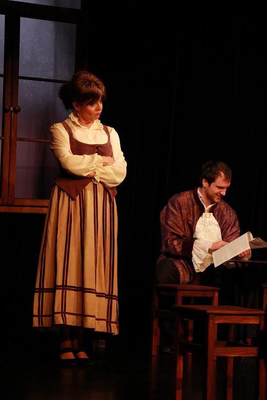 Marie Tomsová jako Marina a Roman Solčány jako její manžel
