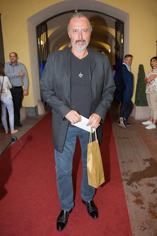 Ten měl na premiéře i otce Oldřicha Kříže, který je také muzikálový zpěvák.