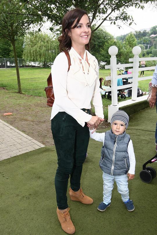 Kristýna Janáčková se synem Louisem